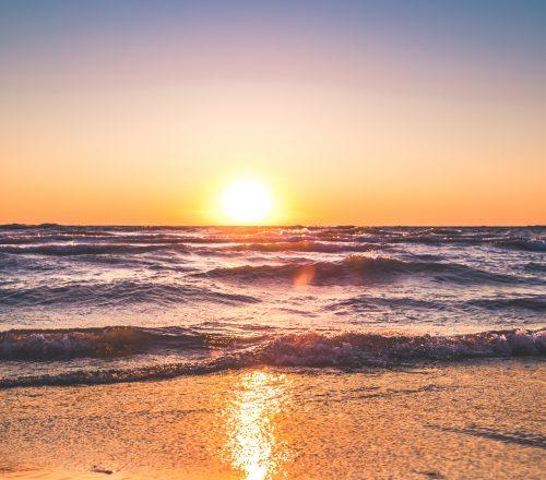 beach-clear-sky-dawn-1032650